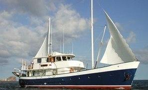Galapagos Islands .com - Samba Motor Sailor | On our way to Ecuador! | Scoop.it