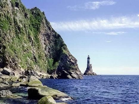 Aniva Rock Lighthouse – Sakhalinskaya Oblast, Russia – Strange Abandoned Places | Abandoned Houses | Scoop.it