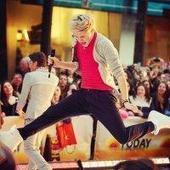 Niall Horan: One Direction Star Twerks On Stage — Watch - TV Balla | De todo!!! | Scoop.it