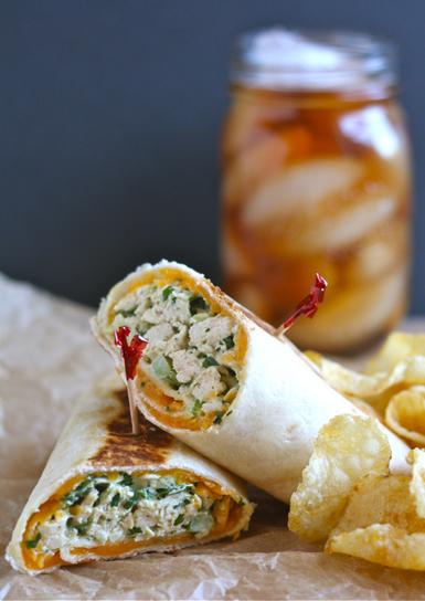 A Bitchin' Kitchen: Crispy Chicken Salad Wraps | Ravish m.e. | Scoop.it