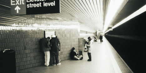 This Is Why You Ignore Everybody On The Subway -- And Why You Should Stop - Huffington Post | Good News For A Change | Scoop.it