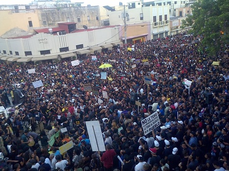 Dominican Republic: Organizing activists of the La Multitud movement, targeted, monitored and threatened by the DNI. | Revolution News | Scoop.it