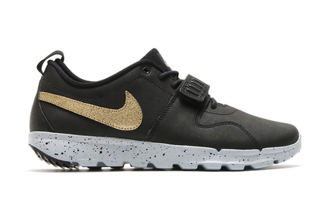 The Nike SB 2015 Holiday Gold Pack Is Looking To Break Some Necks | #Design | Scoop.it