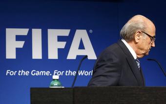Blatter Resigns - Sponsors and Sport Leaders React   Mauvaises fois et autres naivetés.... d'un systeme confronté à l'obligation de changement (mais pas encore assez au pied du mur)   Scoop.it