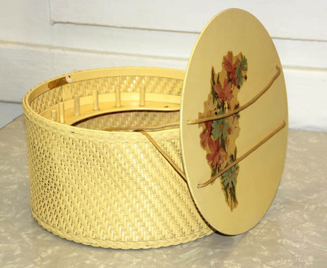 Sew In Love With Vintage Sewing Boxes & Baskets | Collectors' Blog | Antiques & Vintage Collectibles | Scoop.it