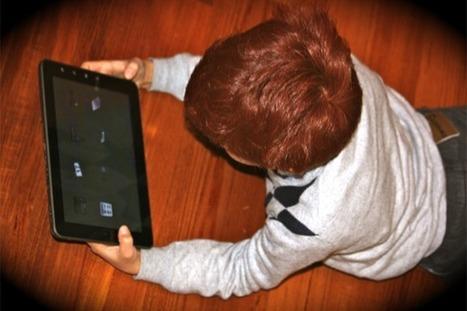 'Mobile born': ecco i bambini della nuova generazione nati con smartphone e tablet | Mamme sul Web | Scoop.it