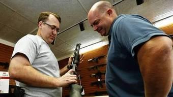 In working-class neighborhoods, activist seeks to give away guns | Upsetment | Scoop.it
