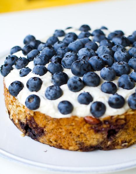 Frosted Blueberry Cake. Vegan slice of spring. | Veggie & vegan desserts | Scoop.it