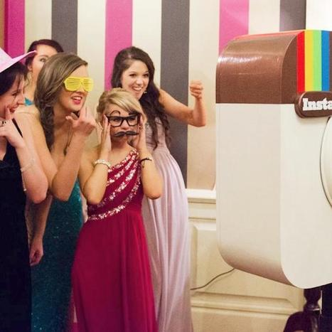 DIY an Instagram-Inspired Photo Booth | Stretching our comfort zone | Scoop.it