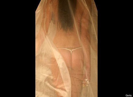 WHAT COULD BE BETTER? G-String Wedding Dress: Kaviar Gauche Gown At Berlin Fashion Week (PHOTOS) | TonyPotts | Scoop.it