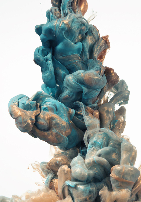 Glittering Metallic Ink Clouds Photographed by Albert Seveso | Colossal | akialam_revue de presse | Scoop.it