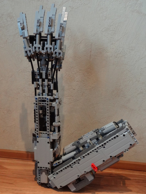 Lego Technic Artificial Arm | Big and Open Data, FabLab, Internet of things | Scoop.it