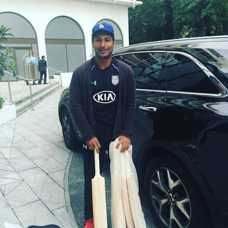 (Photos) Kumar Sangakkara with his new cricket bats | Sri Lanka Cricket | Scoop.it
