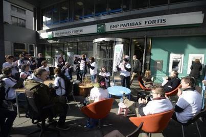 De Brouckère: l'agence BNP Paribas Fortis vidée de ses meubles   éducation au développement   Scoop.it