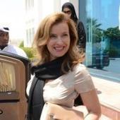 Valérie Trierweiler : Souriante et solidaire pour les enfants du Qatar   éducation des enfants   Scoop.it
