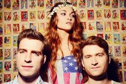 Exclusive Premiere! Listen to This Amazing New Song from MisterWives, the Soon-to-Be Reigning Indie Pop Band of 2014 | Eats & Grooves | Scoop.it