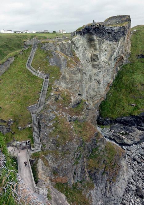 Tintagel Castle | Malinda Lo | Camelot Castle Hotel | Scoop.it
