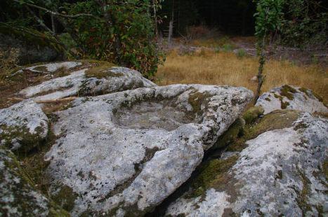 Un bénitier gravé dans le roc | Megalithes en photo | Scoop.it