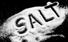 "10 Reasons to Ignore ""Conventional Wisdom"" on Salt (""try unrefined sea salt, our body needs it"") 