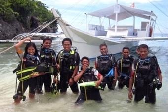 Tropical Divers, Alona Beach, Philippines - Unseen Hideaways   Vacation Getaways &  Retreats   Scoop.it