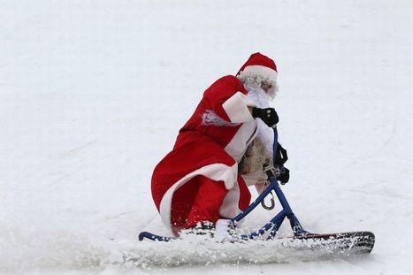 Pictured: The World's Craziest Santas get up to ALL sorts of mischief | Scuba & Underwater News | Scoop.it