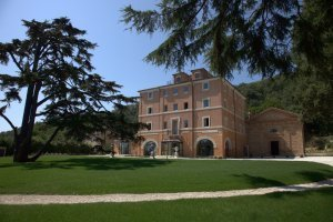 Villa Lattanzi - Hotel 5 Stelle nelle Marche | Le Marche Properties and Accommodation | Scoop.it