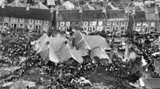 Aberfan disaster: 50th anniversary marked with silence - BBC News | Minney News | Scoop.it
