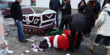 Oh Ho Ho Ho NO: Drunk Santa & Helper Flung From Sleigh Face Drink Driving Charges (PICTURES) | Safety Message | Scoop.it