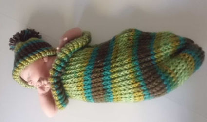 baby infant cocoon swaddle matching hat handmade crochet autumn colors boy girl | Crochet | Scoop.it