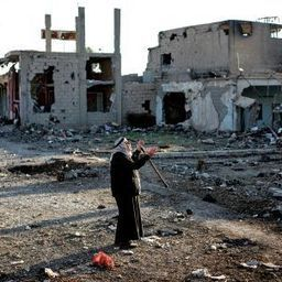 Between Syria's Fronts: A Two-Year Travelogue from Hell | The Muslim World Review | Scoop.it