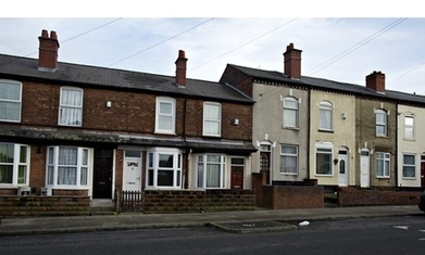 Channel 4 defends Benefits Street amid concern over participants' age | fashion | Scoop.it