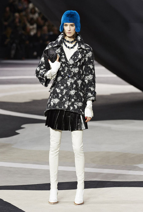 Tantalizing Textures Make Up Chanel Ready-to-Wear Collection | Fashion News by JustLuxe | business women style | Scoop.it