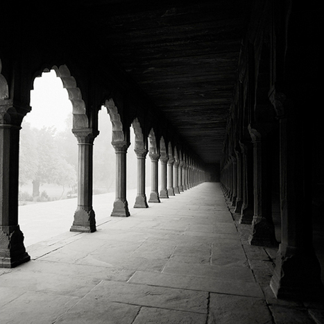 Revealing Black and White Photographs of India by Josef Hoflehner | B&W | Scoop.it