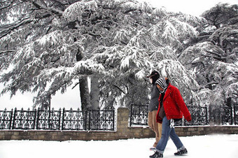 Manali Valentines Special Package : Inspire a Little Valentine's Day Romance with Snowfall   30 Valentine's Day Tours Packages With Travmantra   Scoop.it