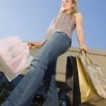 Turning heads with mobile shopping - Business Spectator | mobile web news | Scoop.it