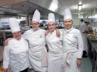 Pourquoi les femmes sont intéressées par les métiers de la restauration - Saveur CV - Blog - Recrutement et offres d'emplois secteur CHR   Emploi - Restauration - Hôtellerie - Café - Brasserie   Scoop.it
