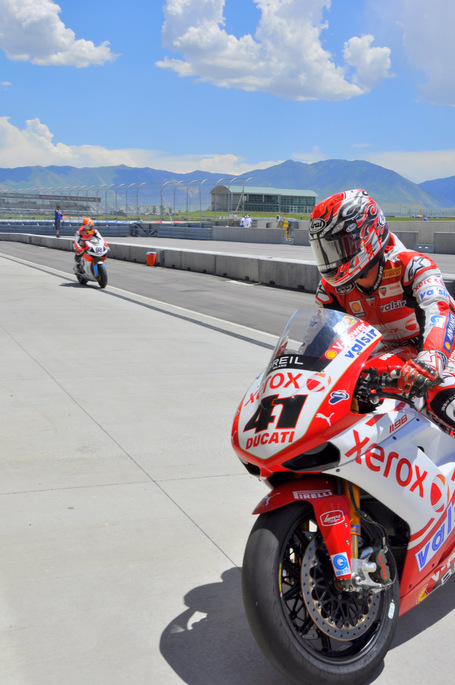 25 Years of Racing Entertainment – The ultimate Ducati/SBK fan photo opportunity | Ducati.net | Desmopro News | Scoop.it