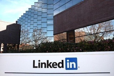 LinkedIn Company Pages get brand new set of analytics | Business in a Social Media World | Scoop.it