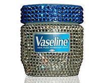 20 Beauty Uses of Vaseline - A Girl's Best Friend | Beauty Buff | Scoop.it