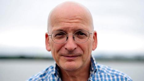 Writers of the world call for end to mass online surveillance-Roddy Doyle, Colum McCann and Colm Tóibín among 560 signatories to international appeal | The Irish Literary Times | Scoop.it