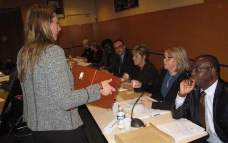 La démission des adjointes empoisonne le conseil   Reucyr, liste candidate Centre-Droite républicaine aux élections municipales 2014 de Saint-Cyr-L'Ecole (Yvelines)   Scoop.it