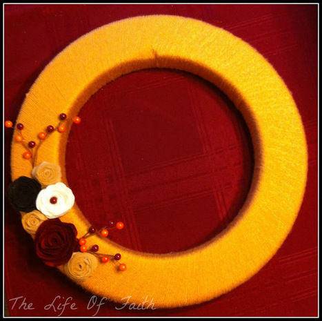 The Life Of Faith: Yarn Wrapped Fall Wreath | Knitting, Crochet and Other Fiber Art | Scoop.it
