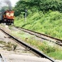 Train accident triggered by a rumour in Andhra Pradesh's Vizianagaram District: 8 feared dead as train runs over them - Ennaachi | Gestion des crises | Scoop.it