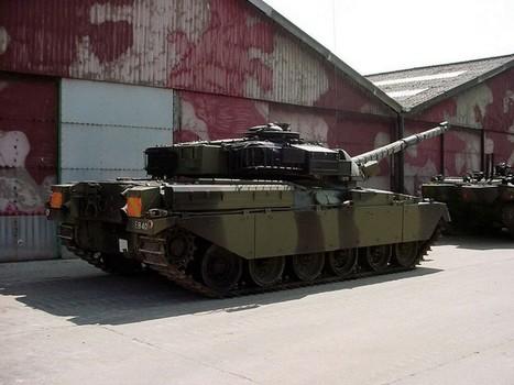 Chieftain tank – Walk Around   History Around the Net   Scoop.it