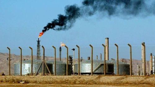 Militants, Iraq security forces clash at country's largest oil refinery