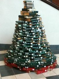 Walker Library News: On display in the Library...Holiday Reading | Tennessee Libraries | Scoop.it