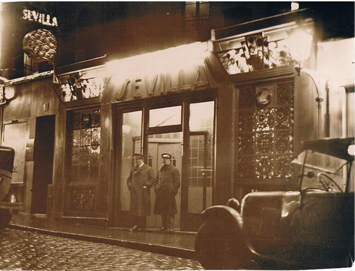 Photo taken in 1930 of a famous and luxurious brothel in Paris that is now a photography gallery | Sex History | Scoop.it