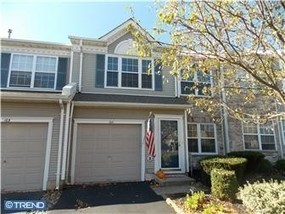 NEWTOWN GRANT: 14 Townhouses / Condos Available Under $350,000   Bucks County Area Real Estate News   Scoop.it