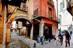Una investigación demuestra que donde ahora se alza Santa Maria del Mar había un anfiteatro romano | LVDVS CHIRONIS 3.0 | Scoop.it
