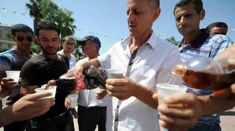 Ramadan en Algérie: ils mangent en public pour résister à l'islamisation @LadyGuedin | Je, tu, il... nous ! | Scoop.it
